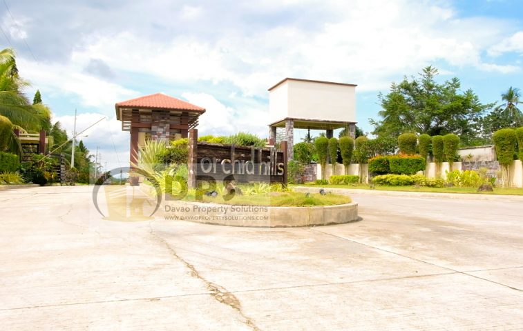 3-Storey #House  in Orchid Hills Subdivision is Up for Sale or Rent  Orchid Hill… -  property in Davao City